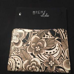 Vintage Miche petite flower Lulu shell
